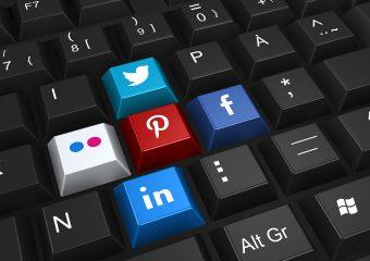 réseaux sociaux touches de clavier